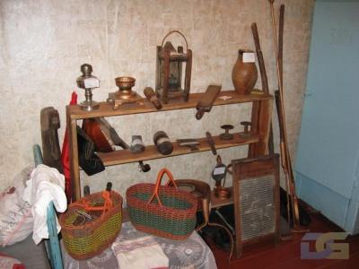 В музее д. Чемоданово.